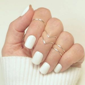 Jewelry - Boho Knuckle Midi Ring Set